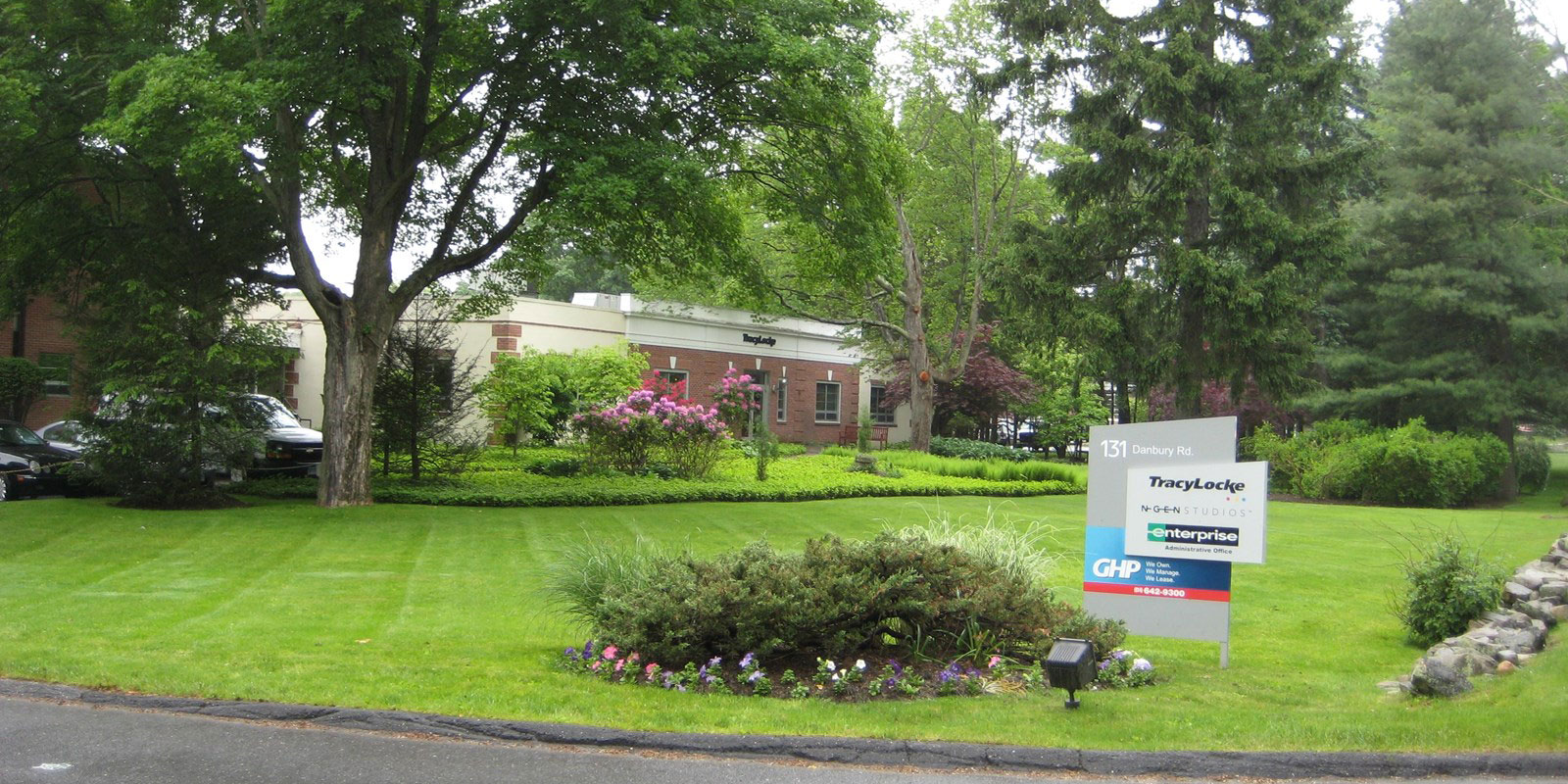 131 Danbury Road – Wilton, CT 06897 – 2,339 sq. ft.